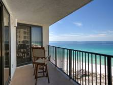 Covered Balcony~ relax as you hear those waves come ashore~ fresh breeze in your hair