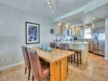 DiningRoom~ Open Kitchen/dinning area