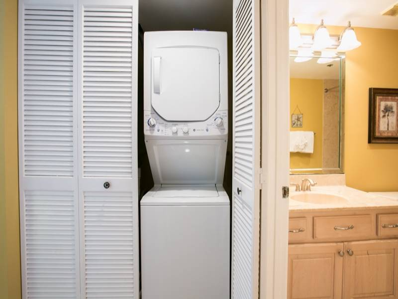 Washing machine and dryer combo